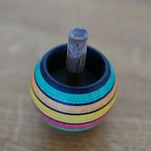spinning top at rest
